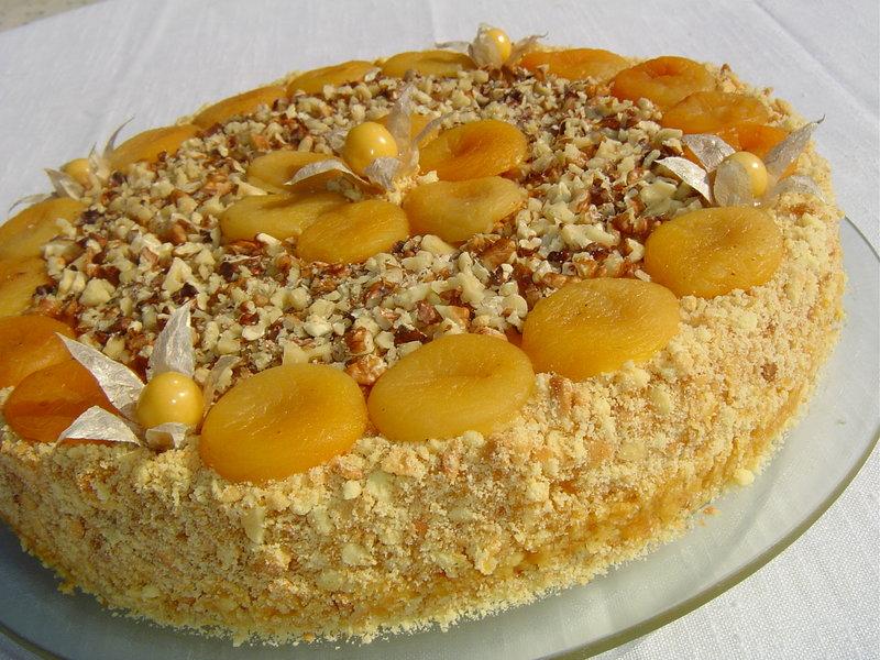 Торт с абрикосами консервированными