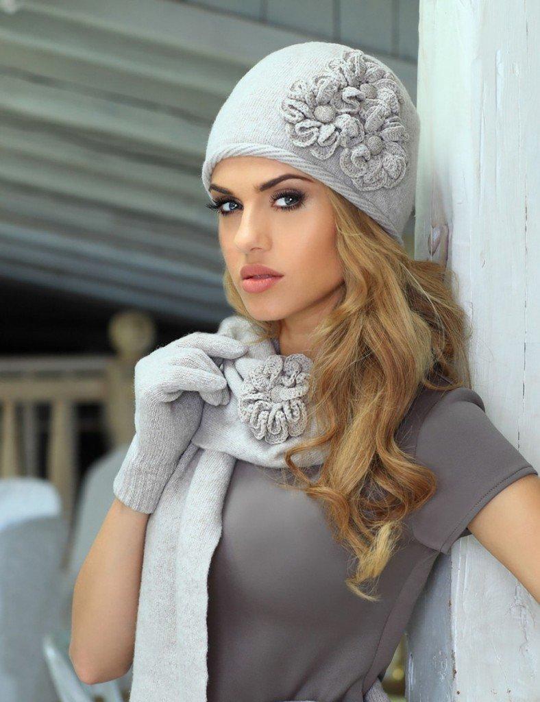 Модные вязаные шапки сезона осень-зима, фото фасонов для женщин 26