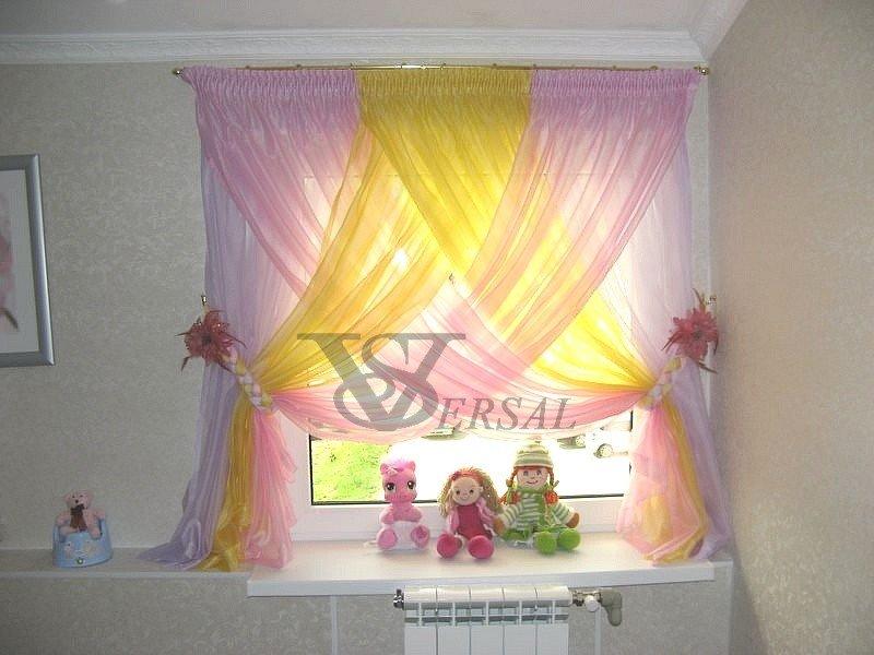 Как украсить окно тюлью