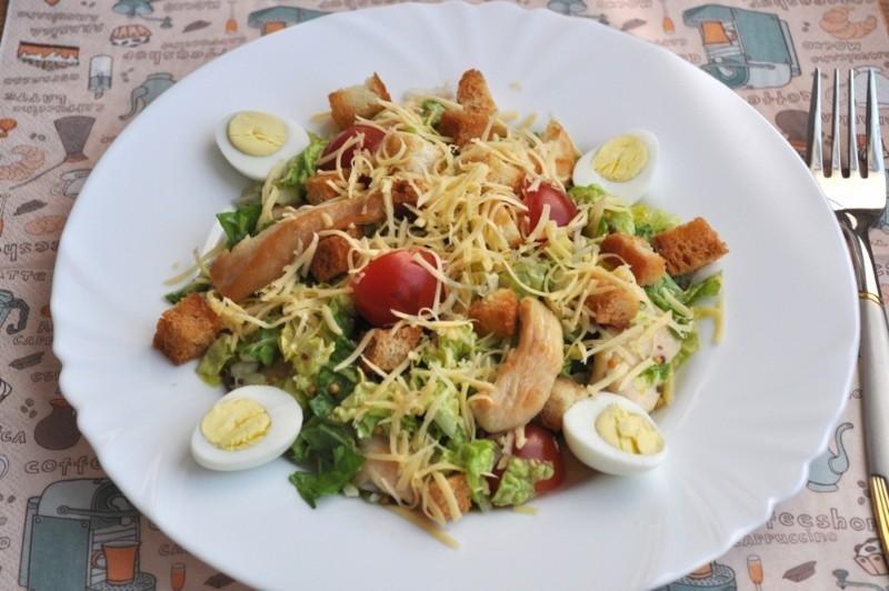 Салат цезарь рецепт с пекинской капустой и ветчиной
