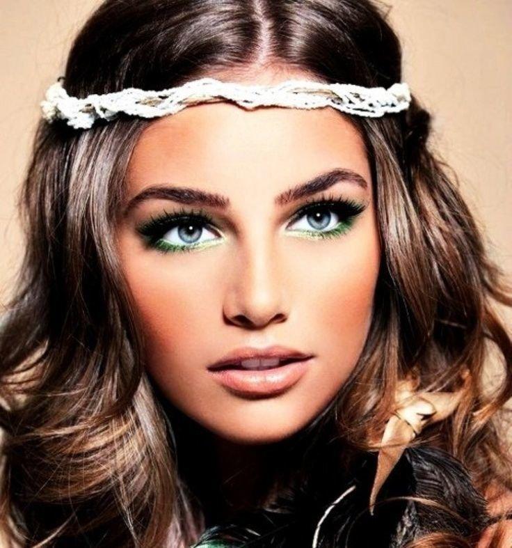 Модные прически и красивый макияж
