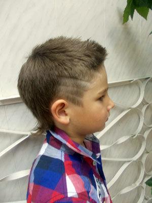 Детские стрижки для мальчиков с полоска