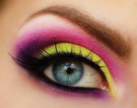 Как сделать в макияже яркие глаза 627