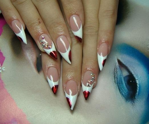 Красивый маникюр для острых ногтей