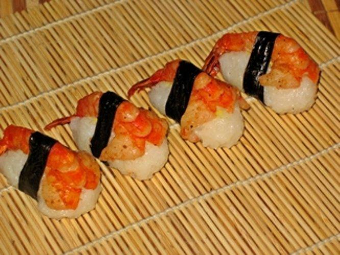 Суши с креветками в домашних условиях