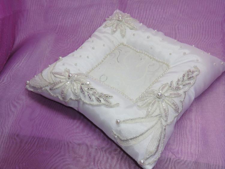 Свадебная подушечка для колец с углублением своими руками 68