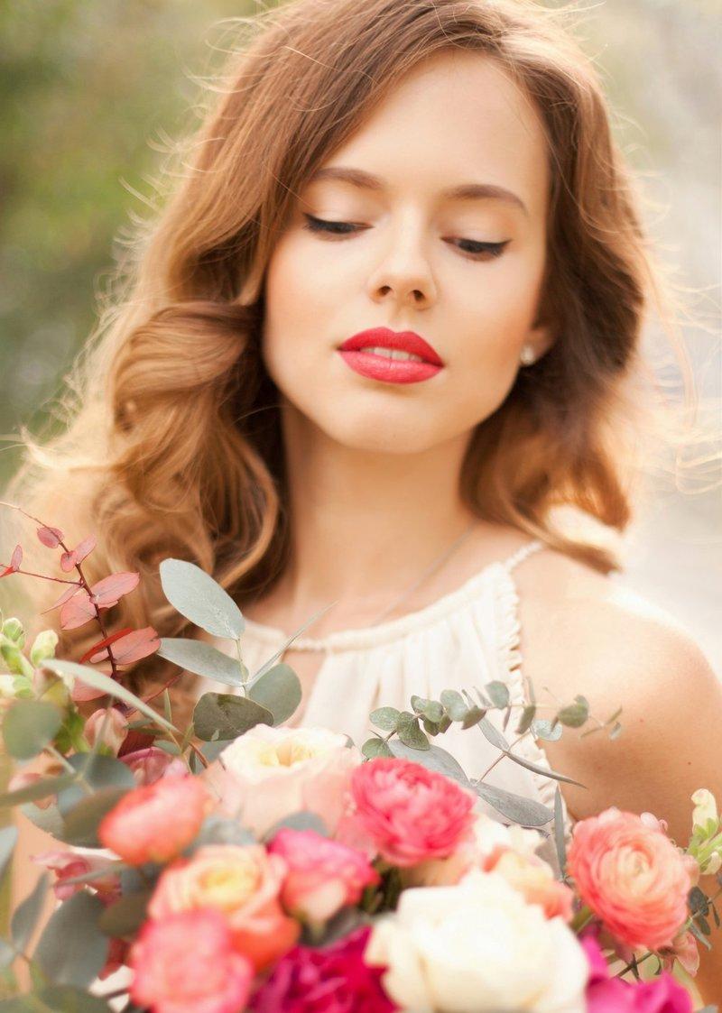Свадебный макияж яркие губы