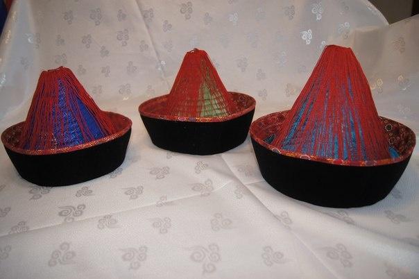 Бурятские шапки 4