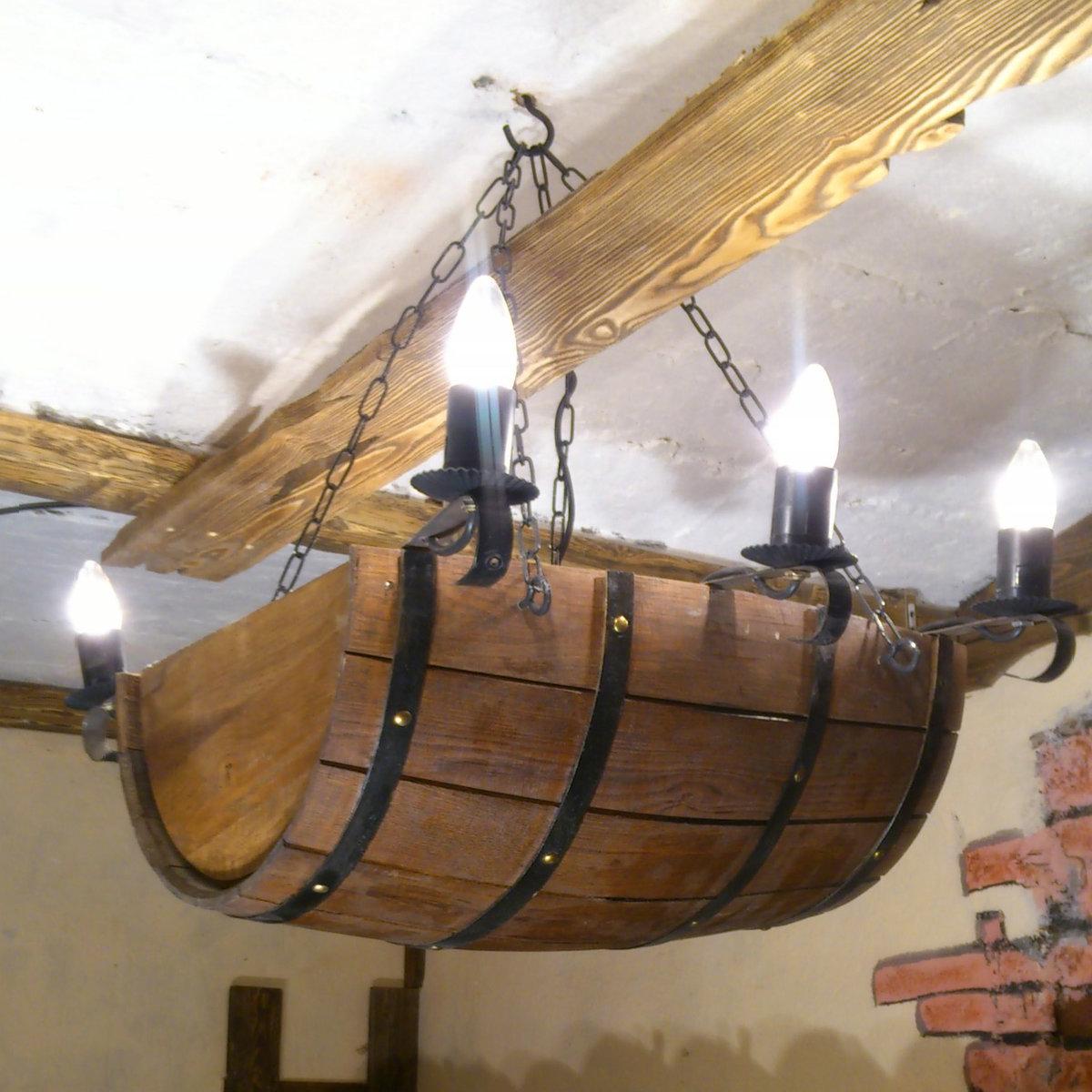 Как сделать люстру из дерева колесо