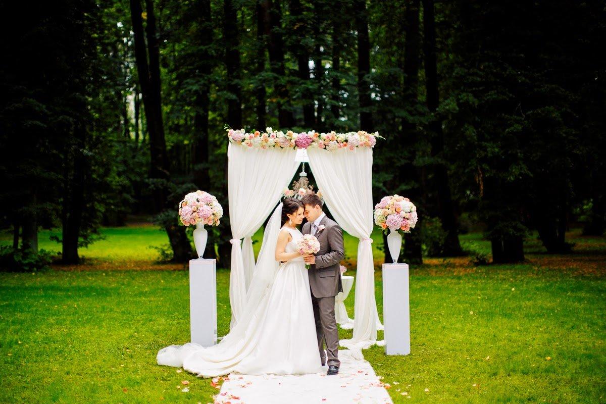 Выездные свадьбы на природе стоимость
