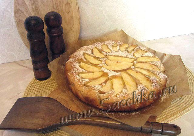 Пирог из яблок из дрожжевого теста в духовке рецепт с