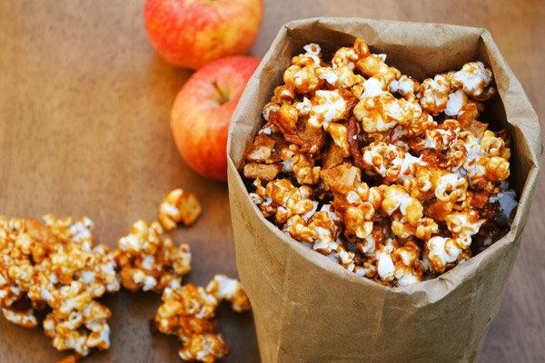 Как сделать попкорн с карамелью в домашних