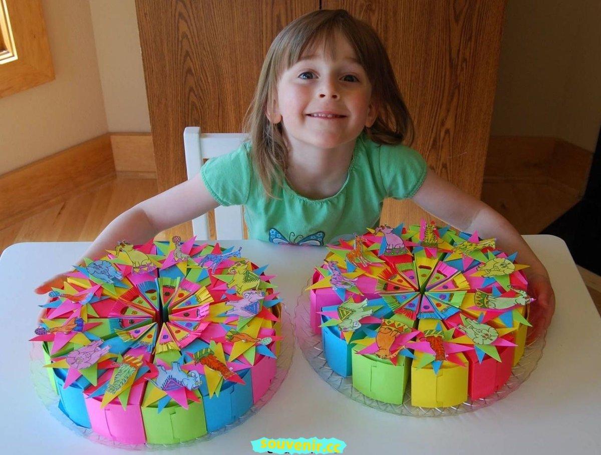 Какой можно сделать подарок на день рождения девочке 90