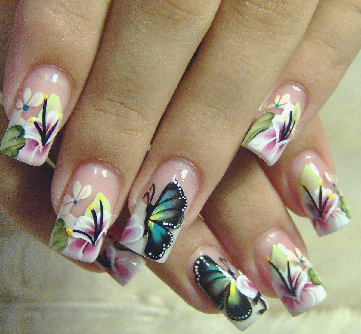 Идеи маникюра с бабочками