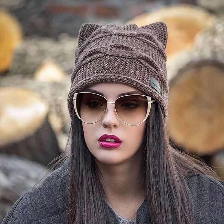 Женские шапки с кошачьими ушками