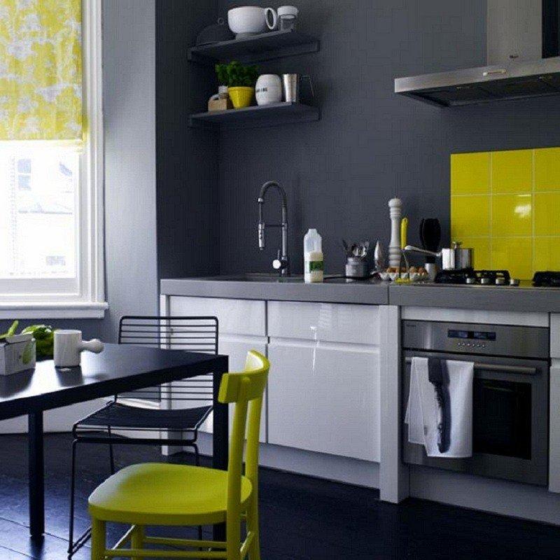 Серые стены в интерьере кухни фото
