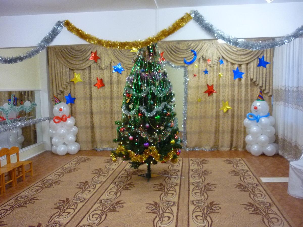 Новогодние украшения детских садов фото