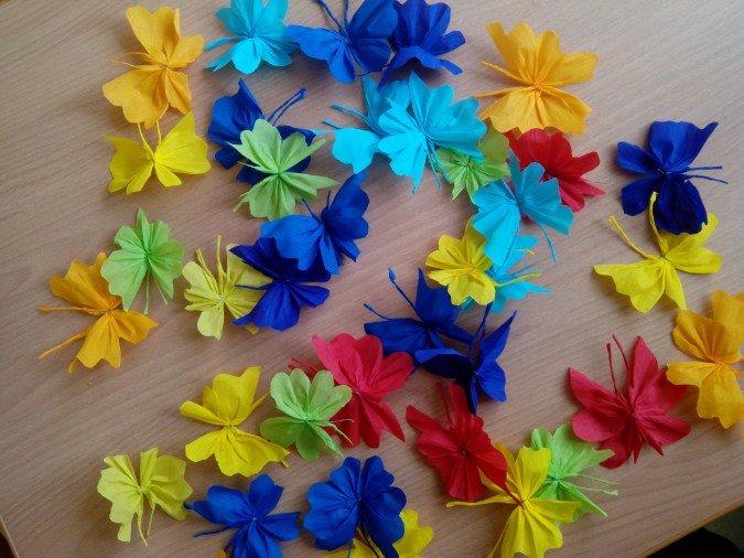 Поделки из цветной гофрированной бумаги для детей 56