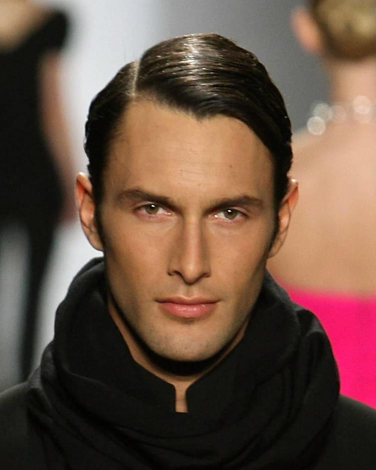 Прически мужские на средние волосы с залысинами