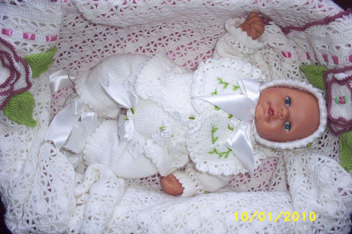 Вязаные комплекты для новорожденных своими руками