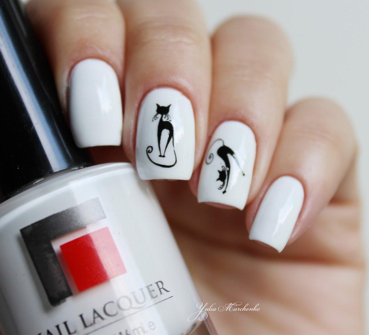 Белый лак для ногтей дизайн