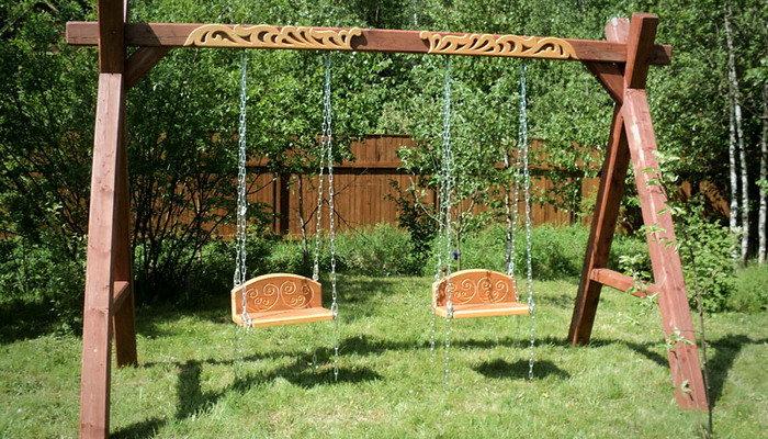 Садовые качели из дерева своими