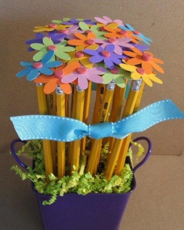 Букет цветов из карандашей и цветной бумаги - карточка от пользователя Anastasia Shumakova в Яндекс.Коллекциях