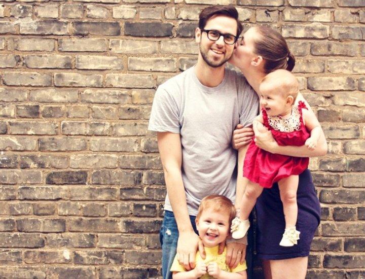 Идеи для семейного фото с ребенком дома