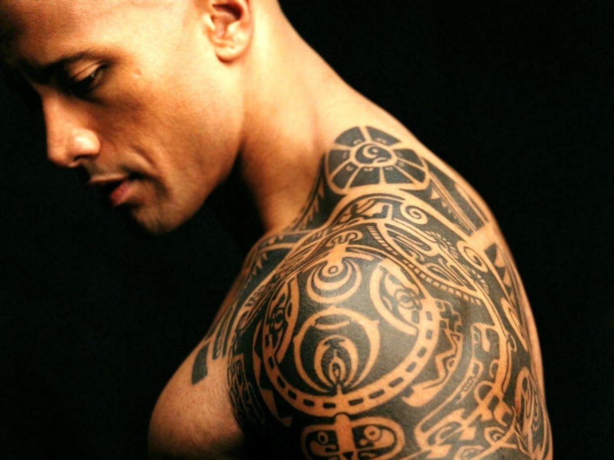 Татуировки на теле мужчин фото