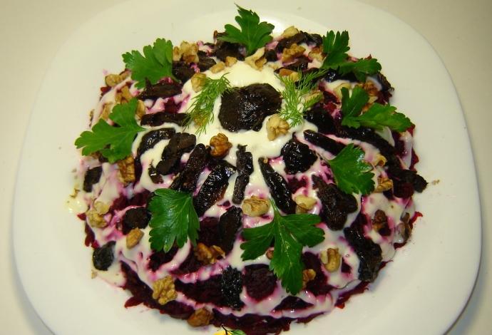 Салат с мясом и черносливом рецепты с