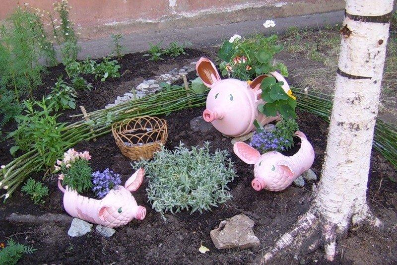 В саду своими руками поделки
