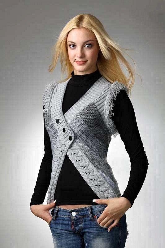 Вязание спицами для женщин самое интересное жилеты 32