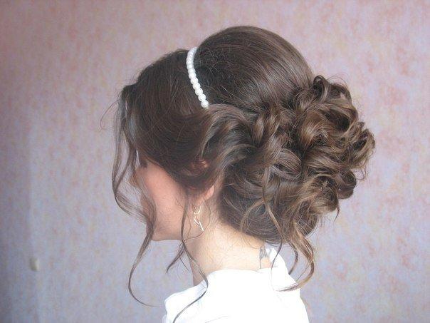 Прическа на выпускной 9 класс на средние волосы