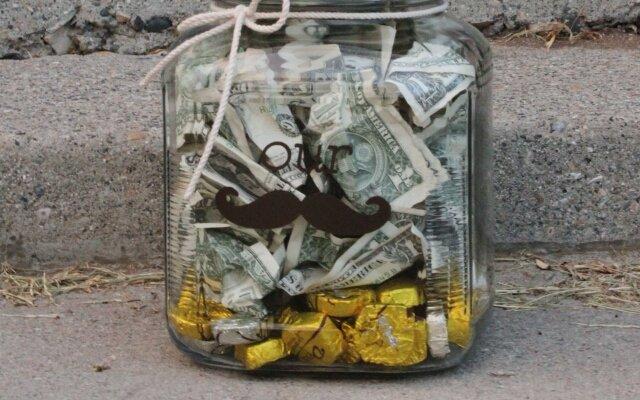 Оригинальная банка с деньгами как сделать