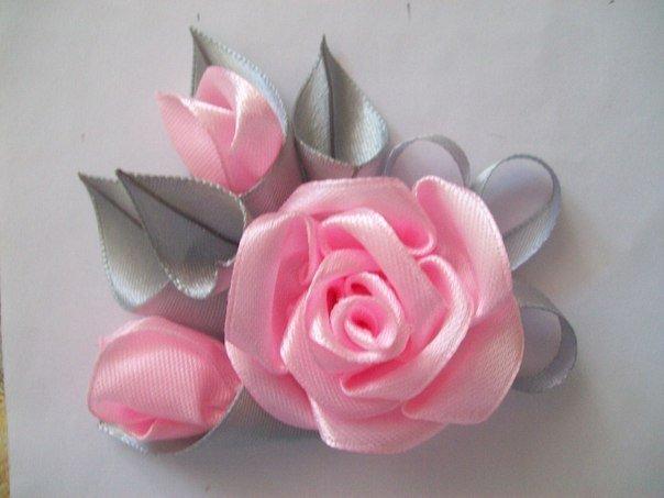 Цветы из ленточки атласной мастер класс