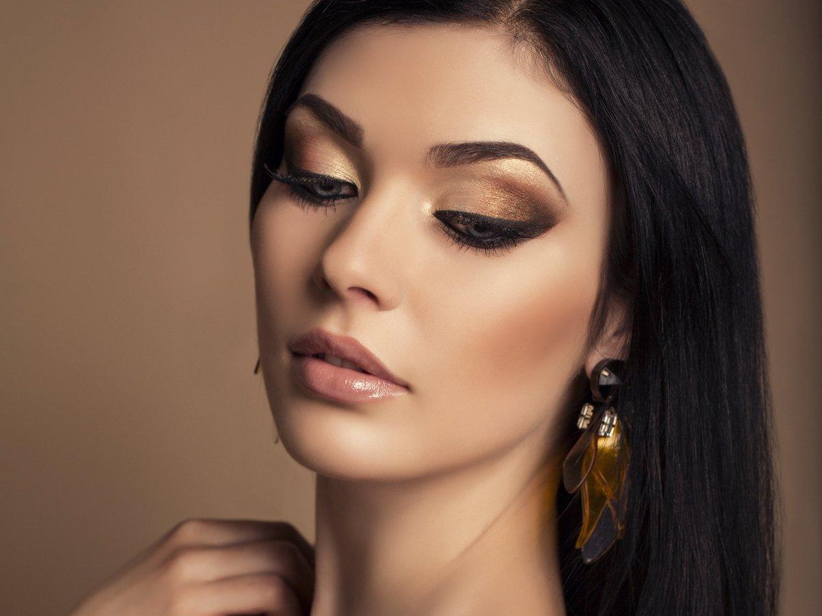 Красивый дневной макияж для брюнеткам фото