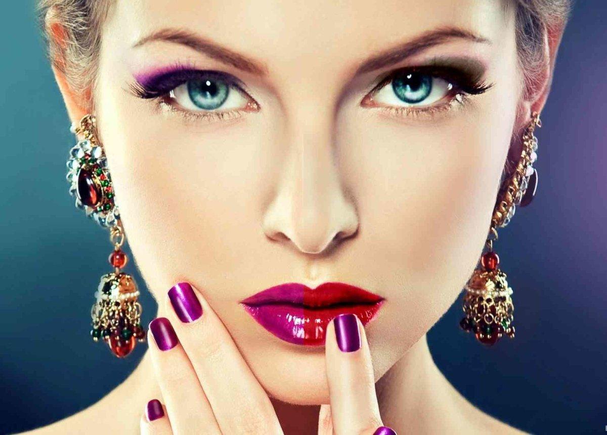 Модные не яркие макияжи