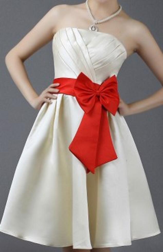 Белый пояс на платье своими руками