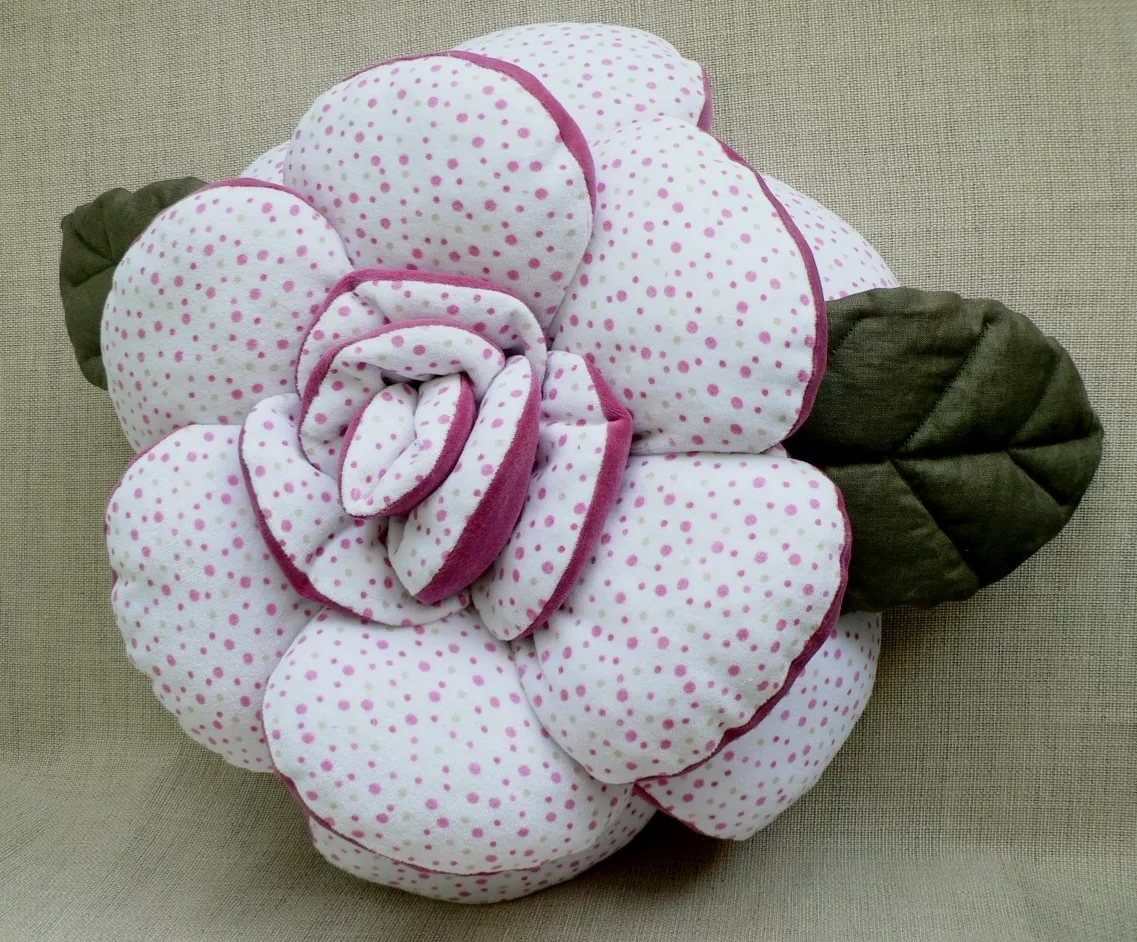 Подушки цветы своим руками 84