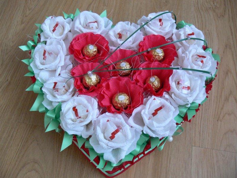 Подарок цветы с конфетами своими руками 86