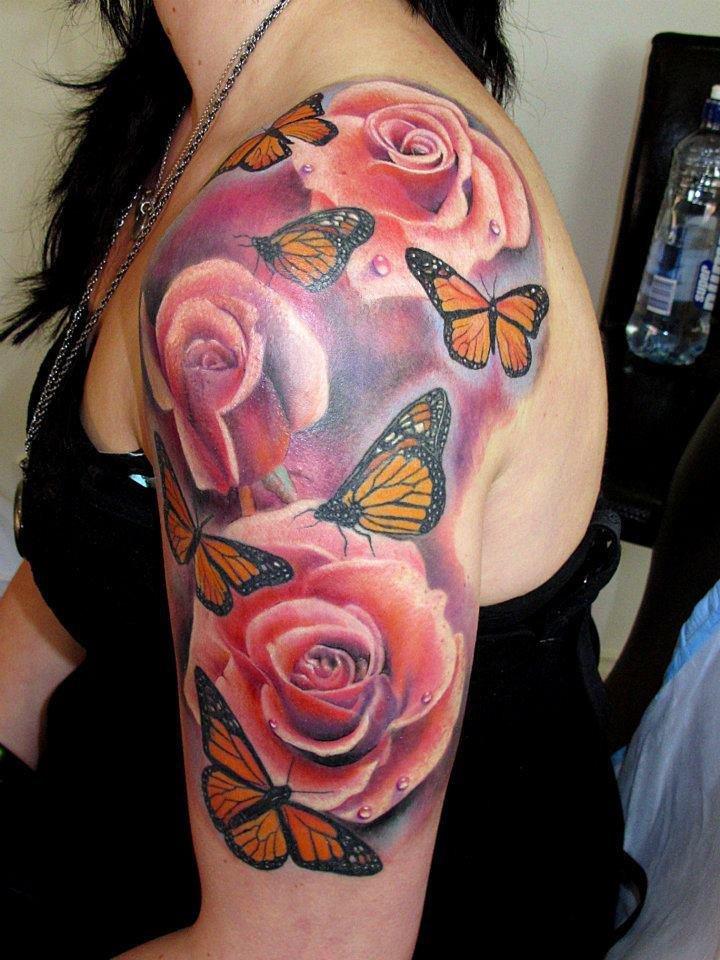 Цветные цветы на плече тату