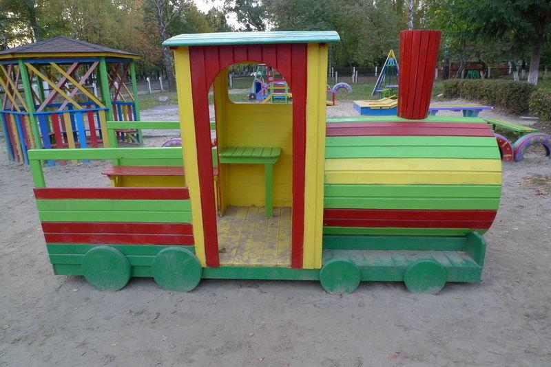 Поезд на детскую площадку своими руками 111