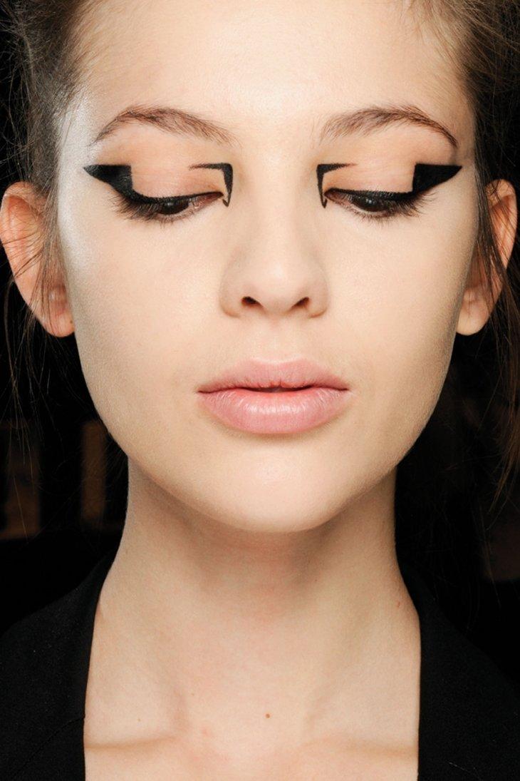 Варианты макияжа со стрелками