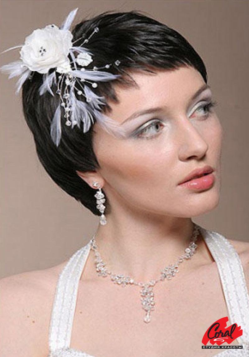 Украшения в свадебную прическу с короткими волосами