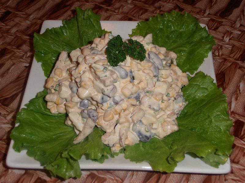 Салат с фасолью консервированной и яйцами рецепт