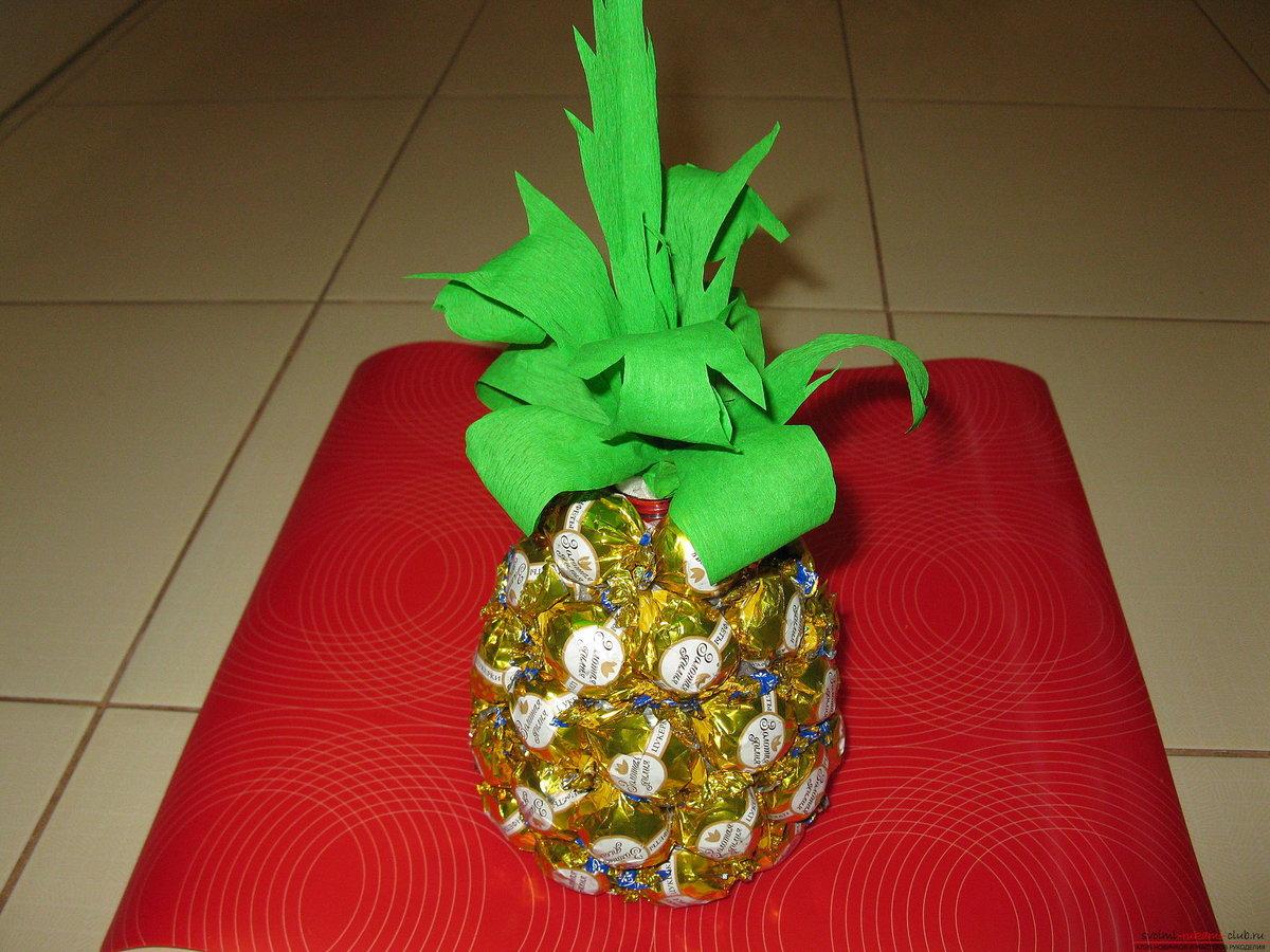 Поделки из конфет ананас своими руками 77