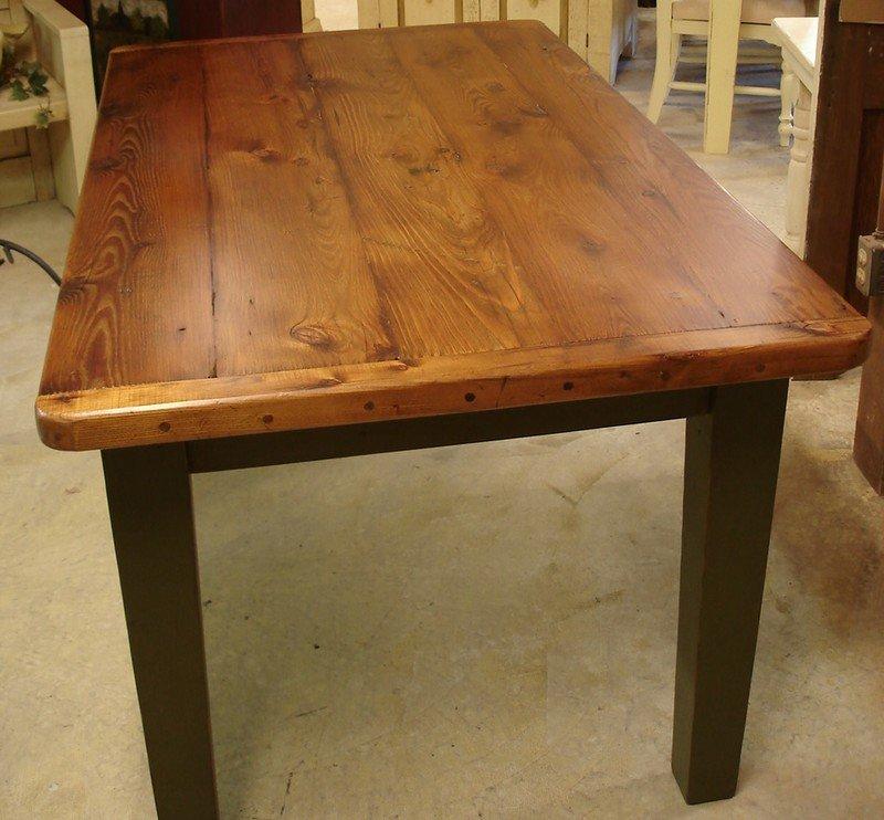 Самодельный кухонный стол из дерева своими руками