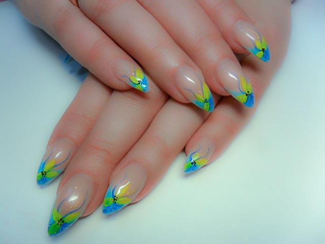 Дизайн ногтей весна яркие