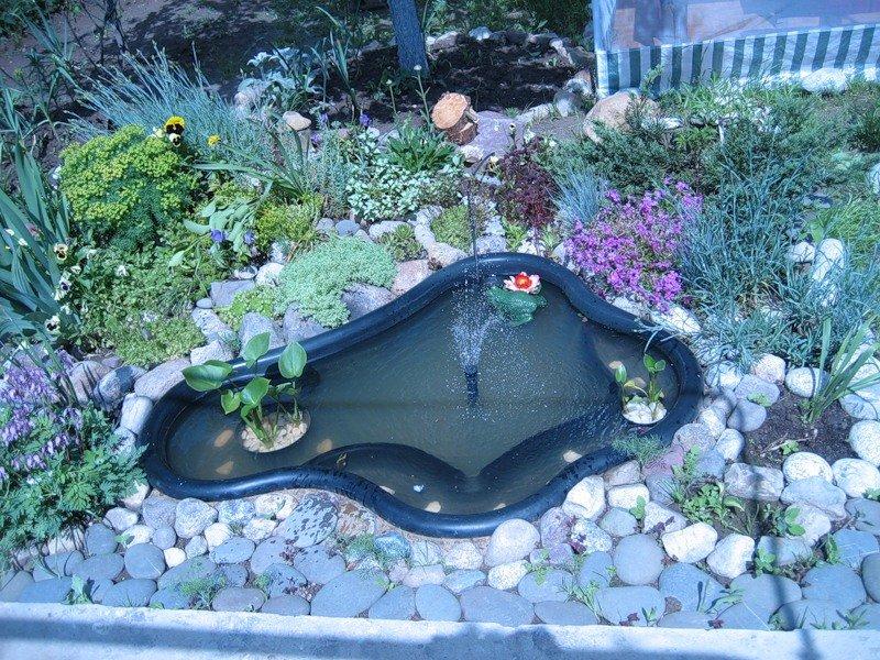 Оформление маленького водоема на даче своими руками 92