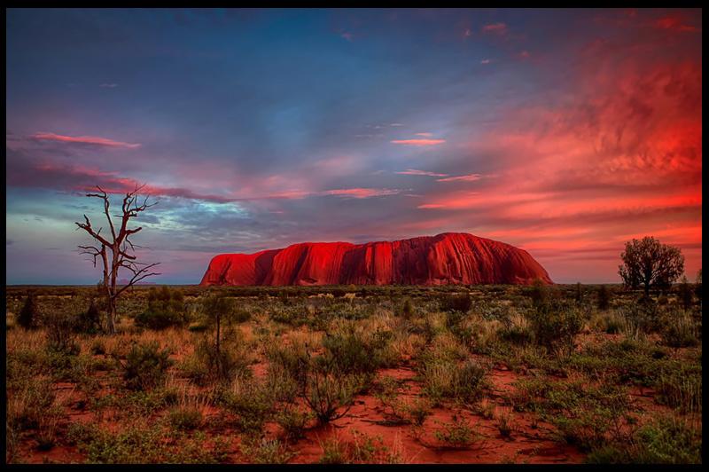 природа поле Улуру австралия скалы  № 586520 без смс